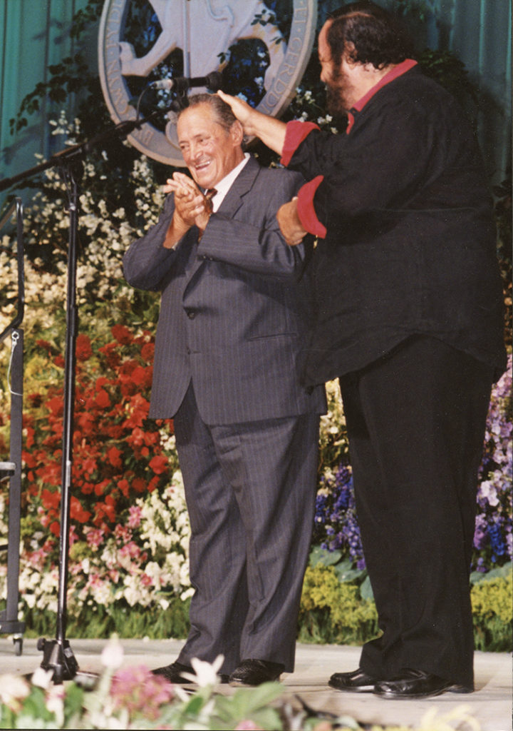 Luciano Pavarotti and his father, Fernando, in 1995.