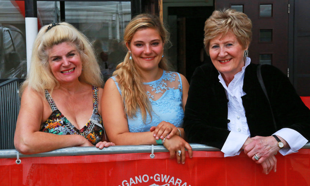 Adjudicators Anne Williams-King, left, and Dame Anne Evans with Voice of the Future Elsa Roux Chamoux, of France.